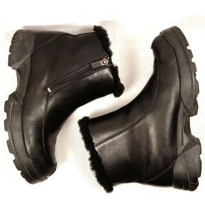 7 Ugg Leather & Sheepskin Zippered Snow Boots Wool